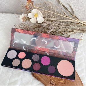 MAC Raver Girl Eyeshadow Palette